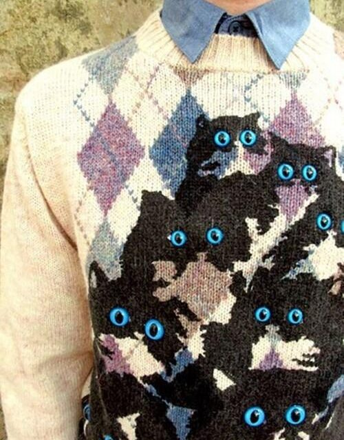 Pretty Snake Makes Brilliant Knit Cat Sweaters – Genius!