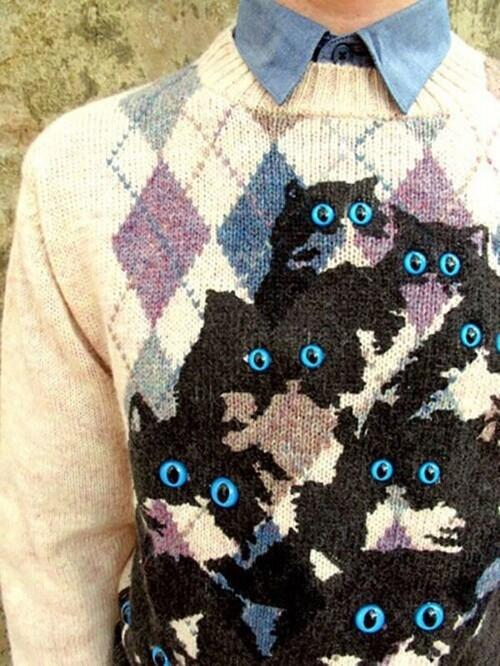 Pretty Snake Makes Brilliant Knit Cat Sweaters - Genius!