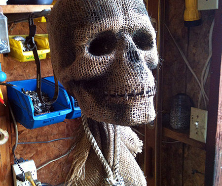 Creepy Scarecrow Skull tutorial