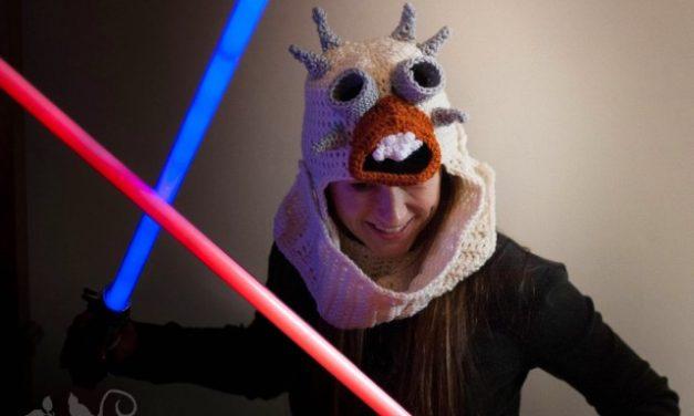Tusken Raider Hat Inspired by Star Wars via Dragonbird Creations – FREE Crochet Pattern!