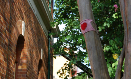 Spotted! Valentine's Day Yarnbomb