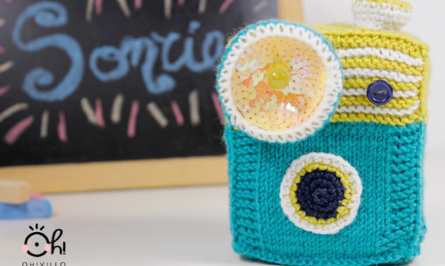 Knit & Crochet Amigurumi Camera – It Lights Up!