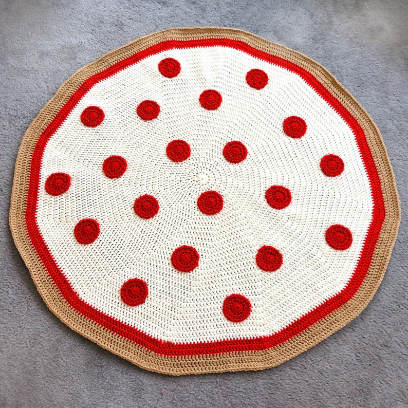 She Crocheted a Pizza Pie Blanket!