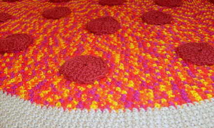 She Crocheted a Pizza Pie Rug!