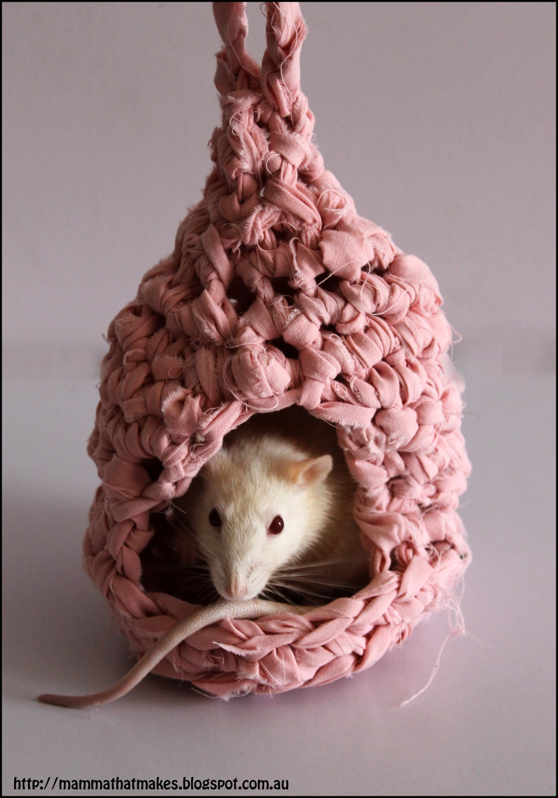 Crochet a Little Mouse House