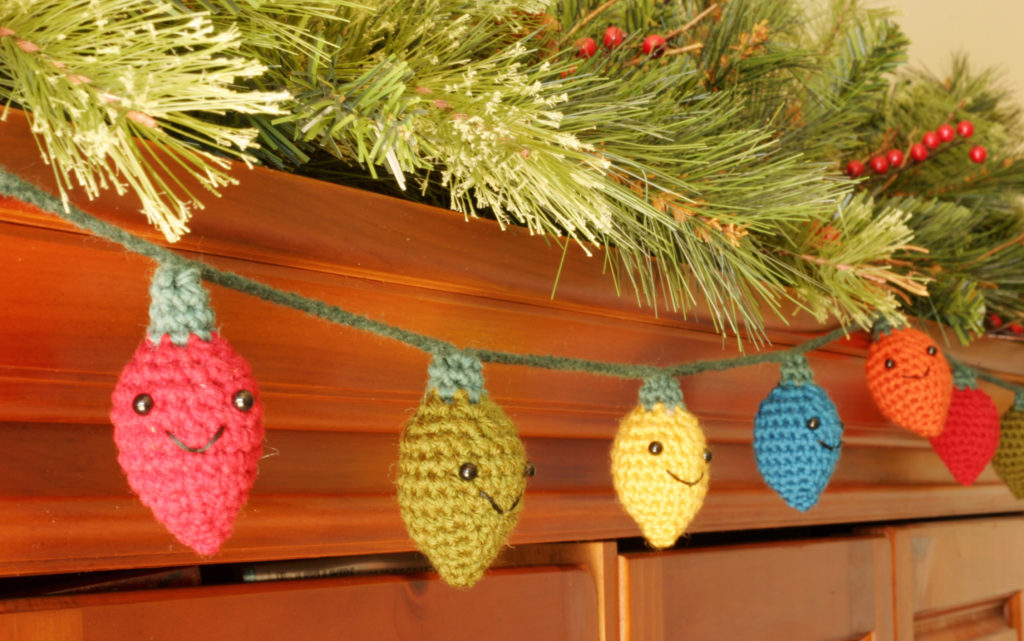 Crochet Amigurumi Christmas Lights - Your Weekend Project is Here!
