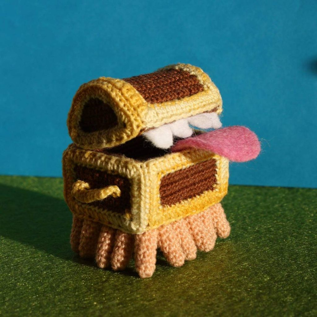 The Luggage - from Terry Pratchett's Discworld, Crocheted By MightyStarGazer