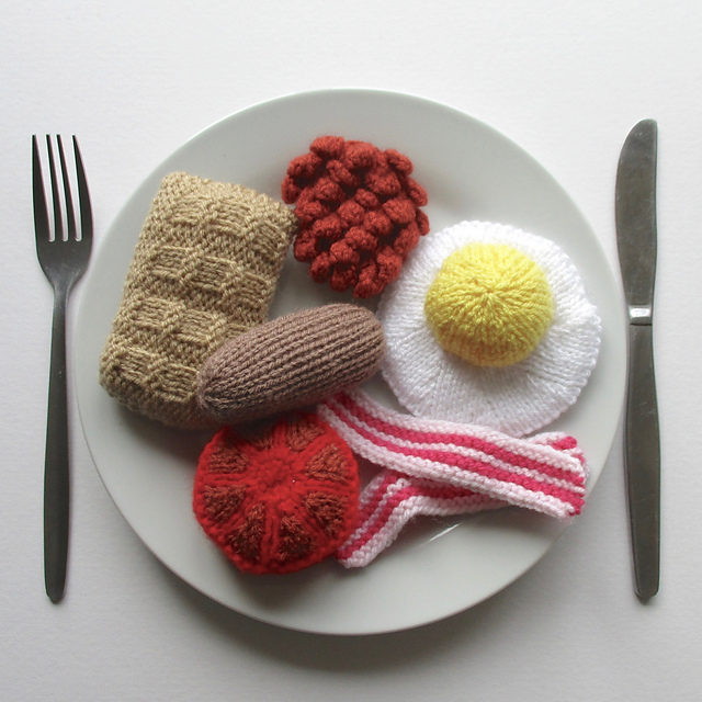Knit Yourself an English Breakfast! It's Calorie-Free!