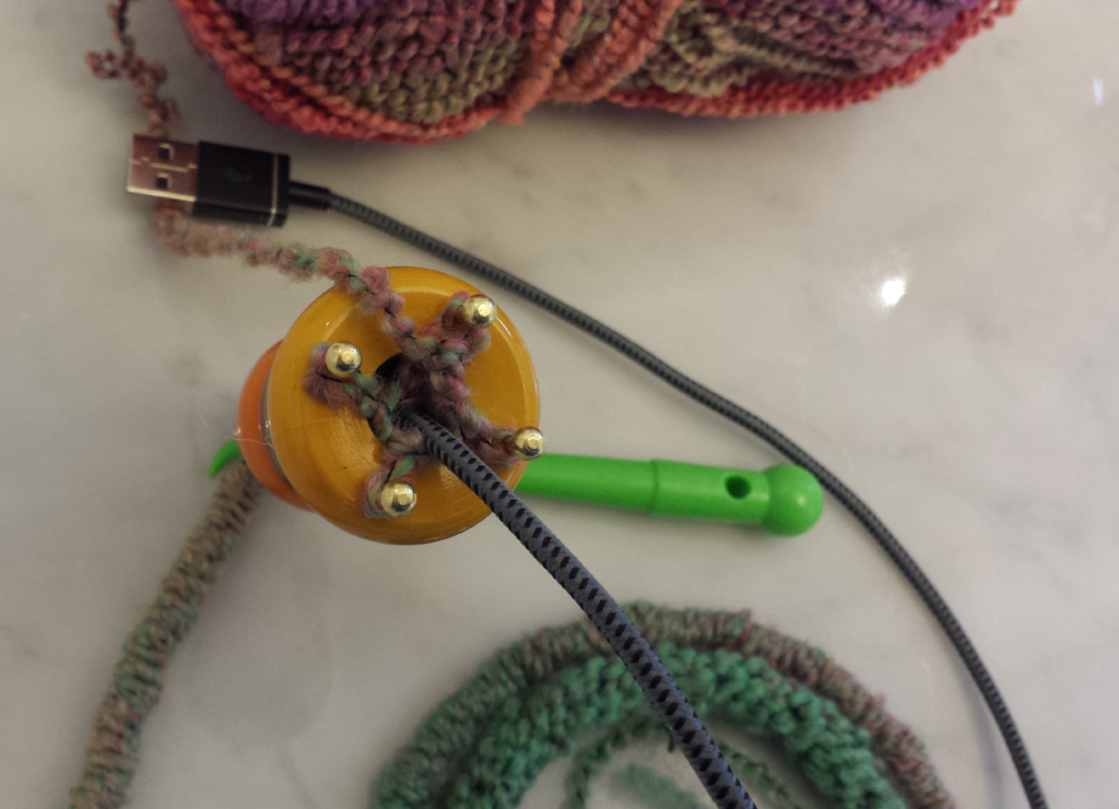 Quick-Make Gift! French Knit a USB Cable Cozy