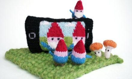 Teeny-Tiny Gnomes Taking Selfies in Knitting … these are few of my favorite things!
