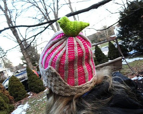 She put a bird on it! What a great idea – can we make this a trend in headwear, like today?