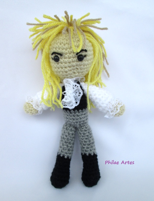 David Bowie as Jareth from the film, Labyrinth crocheted by Philae Artes - FREE PATTERN!