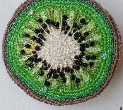 Beautiful Beady Kiwi Pendant – Excellent Craftmanship, So Pretty!