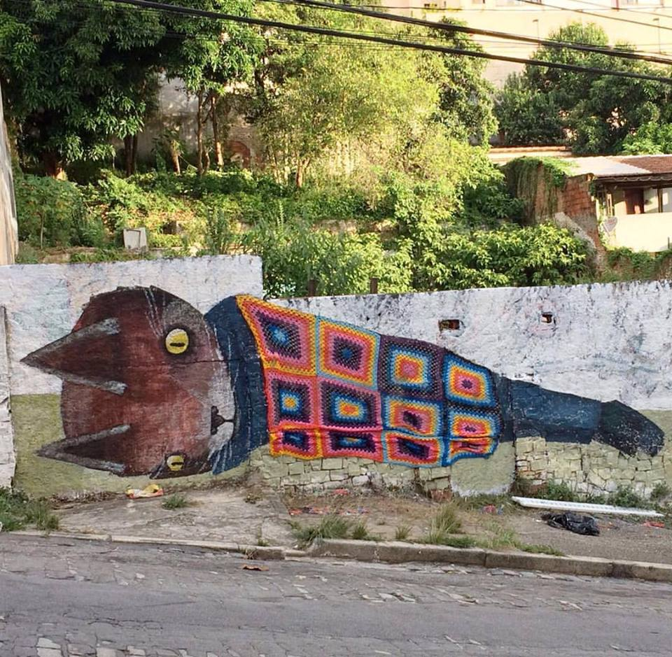 Awesome Street Art Collaboration By Thiago Goms & Anne Galante - It's a Kitty Mural Draped in a Granny Square Blanket!