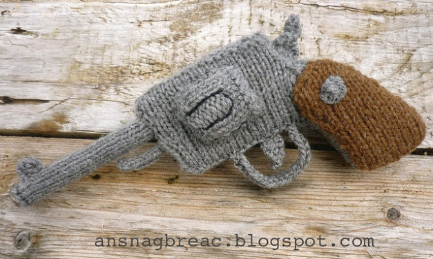 Maker Magpie's Knit Revolver – Pattern Available!