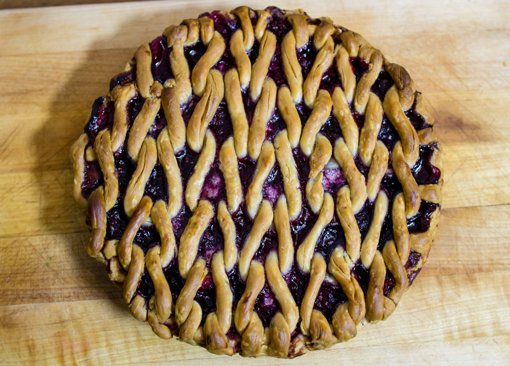 Happy #PiDay2020 - How To Knit a REAL Pie for Pi Day!!