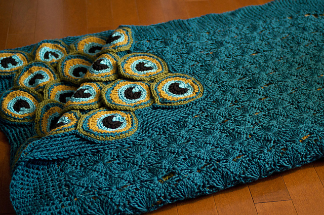 Yes, That Pretty Peacock Blanket … It's Two Afghans In One! Get the Crochet Pattern!