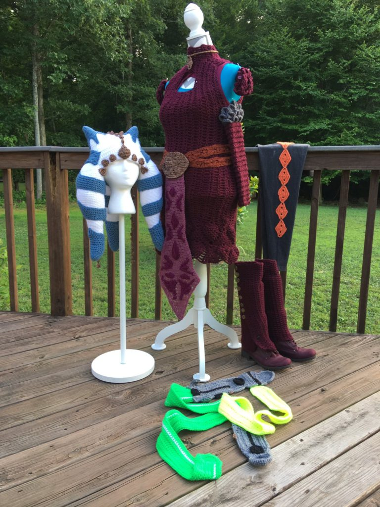 Cosplay Alert! This Crochet Ahsoka Tano Costume Is Epic!