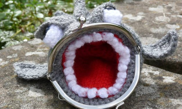 There's Something Super Fishy About This Crochet Coin Purse