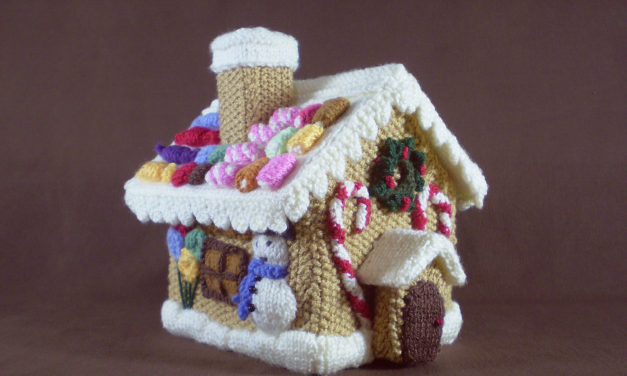 Knit a Fantastic Gingerbread House For the Holiday Season – Impressive!