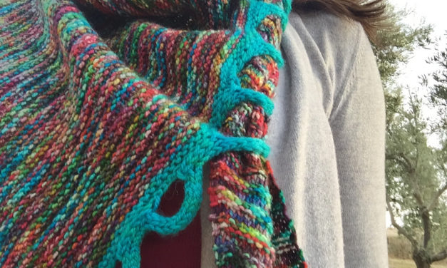 Unique Addition Turns a Regular Shawl Into Functional Art!