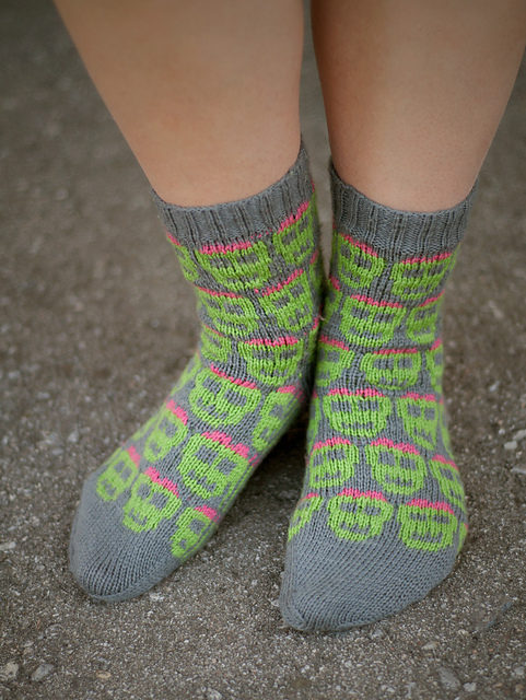 The Socking Dead – Socks for the Zombie Apocalypse