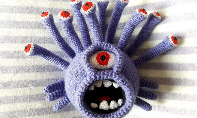 "Crochet ""Beholder"" Amigurumi – Must-See for Dungeons and Dragons Fans"