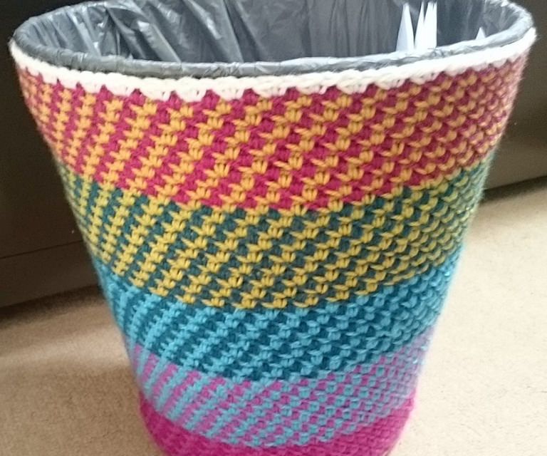 Awesome Home Hack – Yarn Bomb a Trash Can With This Cute Little Stitch