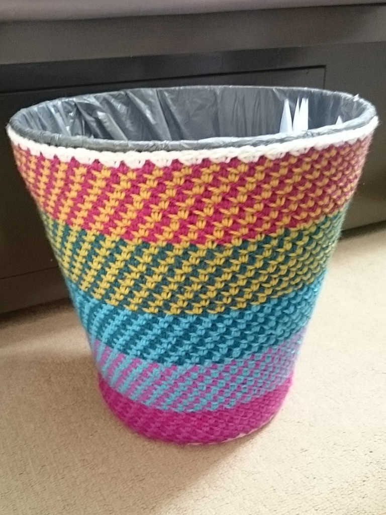 Awesome Home Hack - Yarn Bomb a Trash Can With This Cute Little Stitch