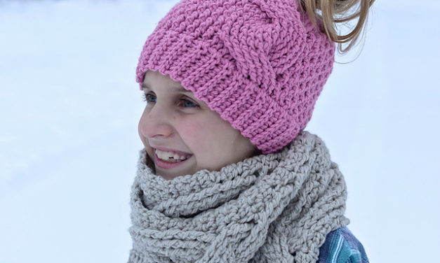 The Best Ponytail Hat Patterns (aka Messy Bun Beanies) for Little Girls!