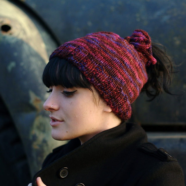 Everyone's Going Crazy for Knit and Crochet Ponytail Hats (aka the Messy Bun Beanie) – FREE Patterns
