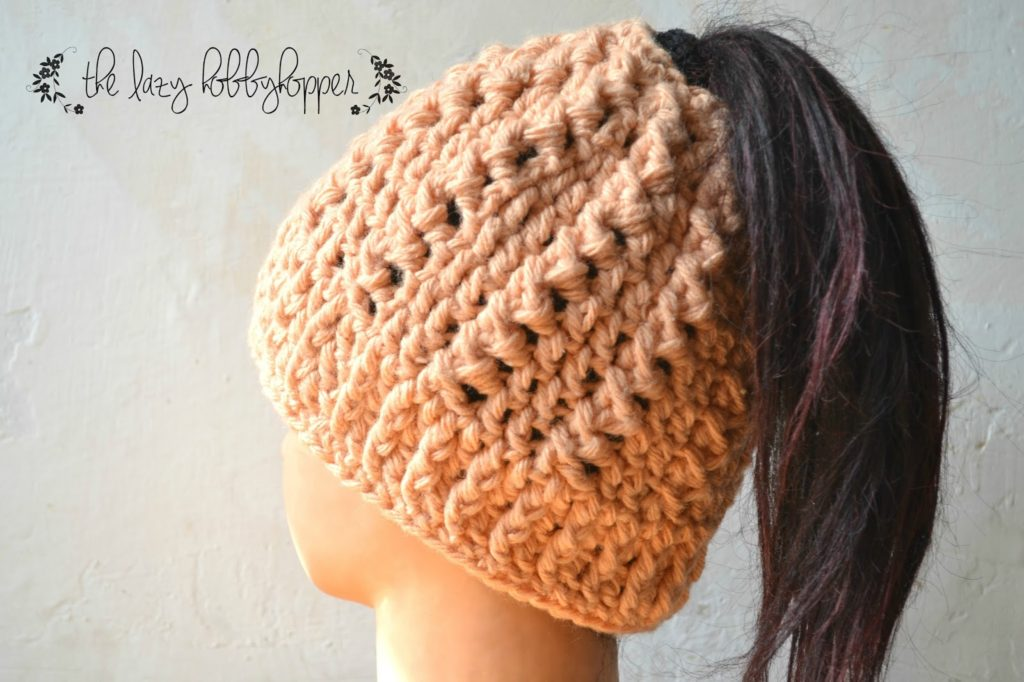 The Best Free Crochet Ponytail Hat Patterns (aka Messy Bun Beanies) - This  Season s 9e650c0b825