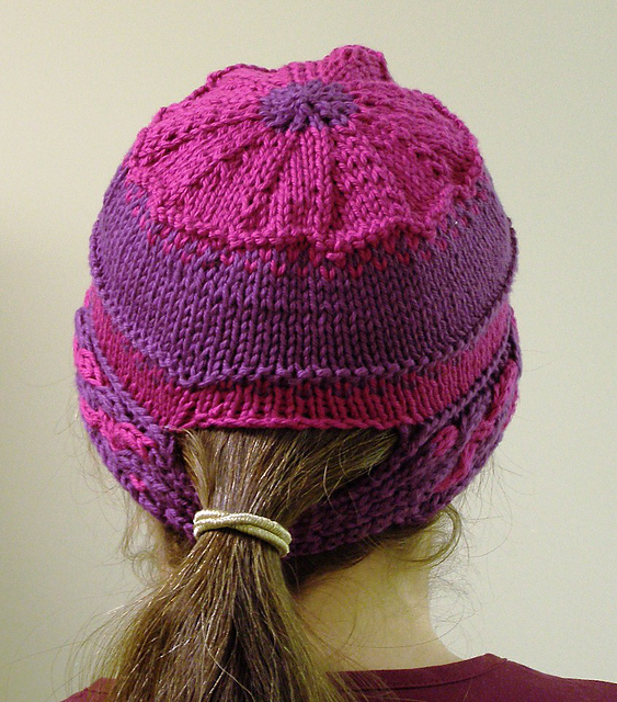The Best Free Knit Ponytail Hat Patterns (aka Messy Bun Beanies) – a ... c9be50b0ae3