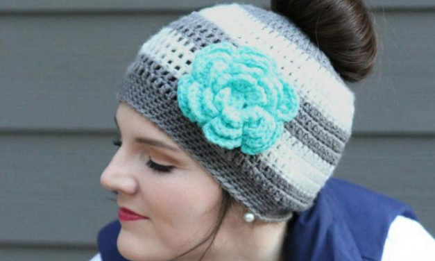 The Best Free Crochet Ponytail Hat Patterns (aka Messy Bun Beanies) – This Season's Fave Gift!