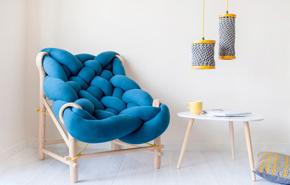 Big Knitting Just Got Bigger – Veega Tankun Overstuffed Chair is HUGE!