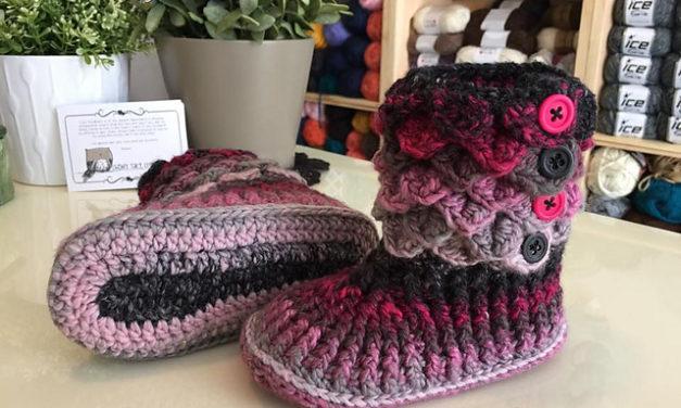 The Best Crocodile Stitch Patterns – This Winter's Popular Crochet Trend!
