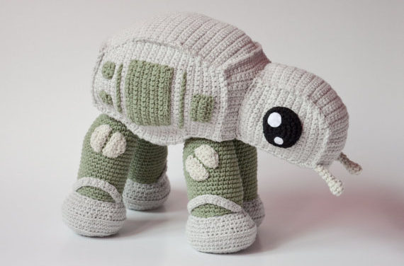 How To Crochet an AT-AT Walker From Star Wars! Pattern Designed By Krawka.