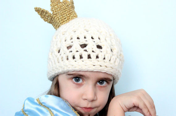 Crochet This Adorable Hat Adorned With a Dainty Crown, Perfect for a Princess!