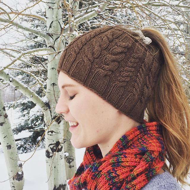 The Best Free Knit Ponytail Hat Patterns (aka Messy Bun ...