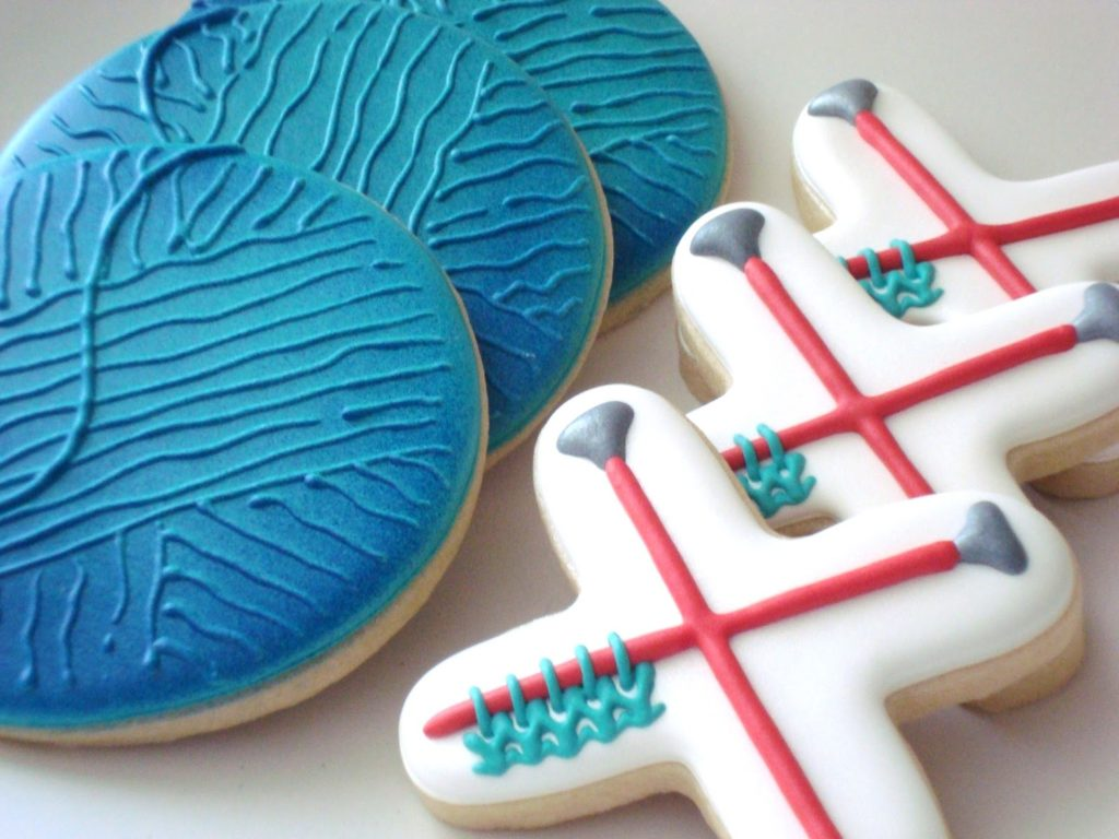 17 Real, Edible Cookies That Look Knit and Crochet - Sorry, Not Calorie-Free!