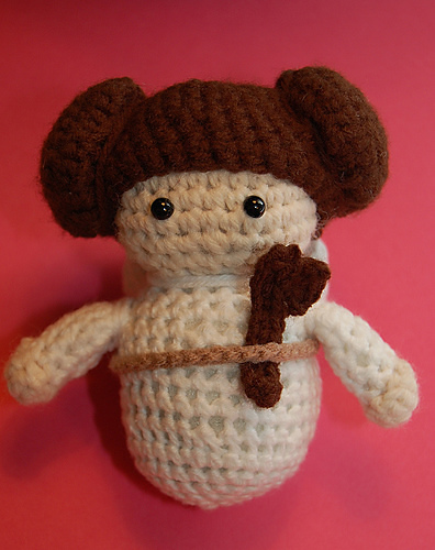 Pay Tribute to Carrie Fisher With 9 Knit and Crochet Princess Leia Patterns