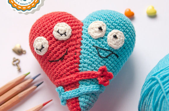 Crochet a Hugging Hearts Amigurumi – Perfect Love Token for Valentine's Day