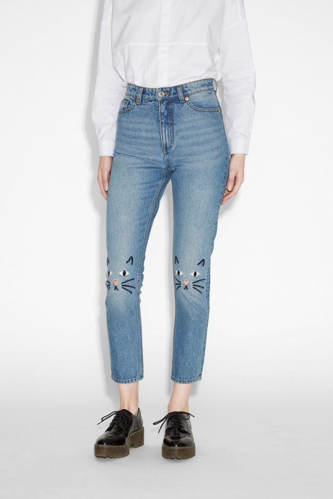 DIY Alert – Embroider Your Jeans Knees With Cute Little Kitty-Cats For an Adorable Look! #embroidery