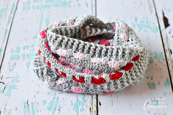 Put a Heart on It – Crochet This Cute Cowl For Yourself or Someone You Love – FREE Pattern!