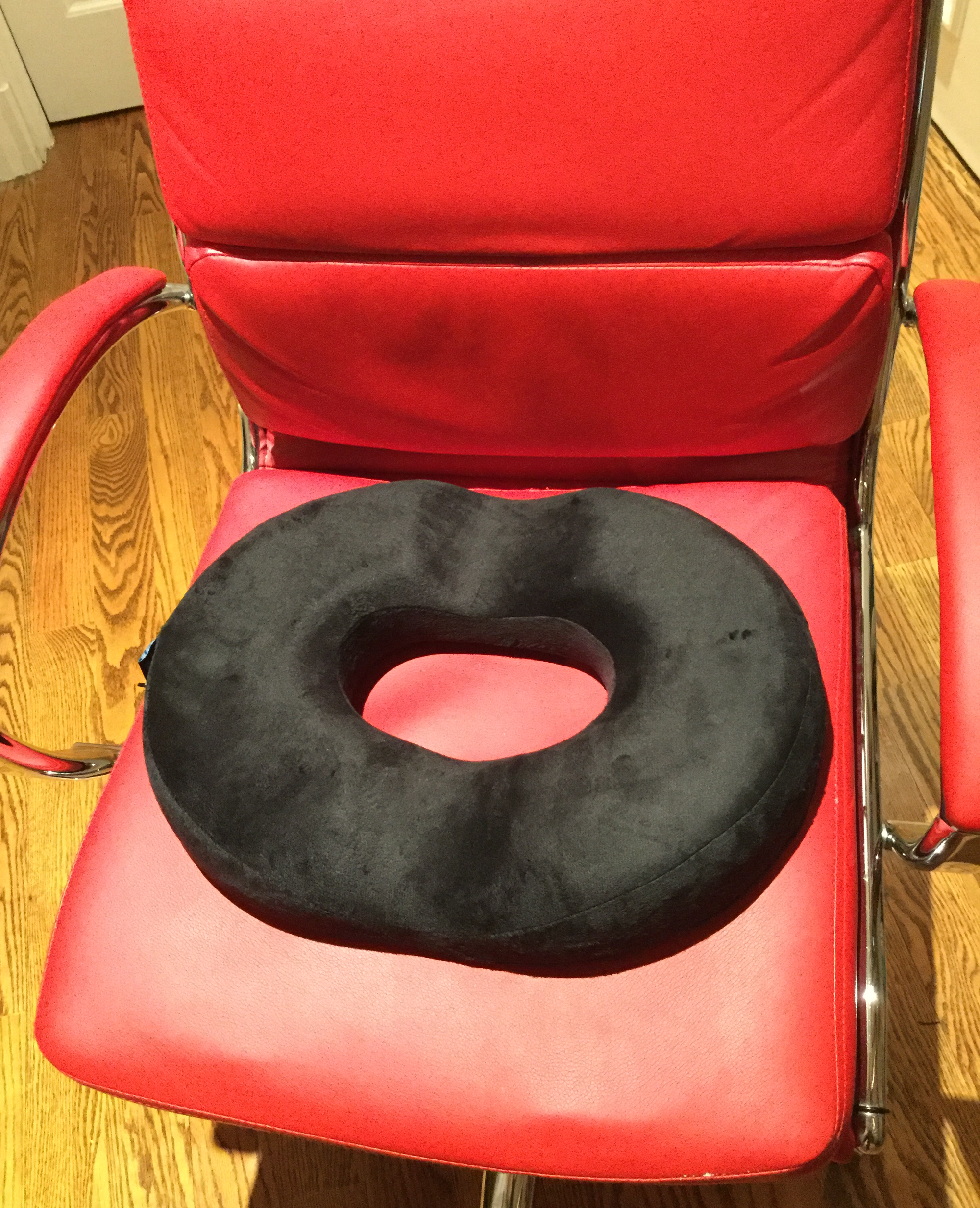 Review: The Orthopedic Donut Cushion By Ergonomic Innovations U2013 Helpful For  Knitters!