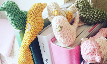 Put a Bird on Springtime With These Chicky Knit Bookmarks – FREE Pattern