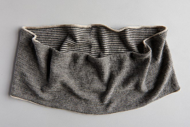 Knit a Newsprint Cowl – A Stylish New Pattern From Purl Soho