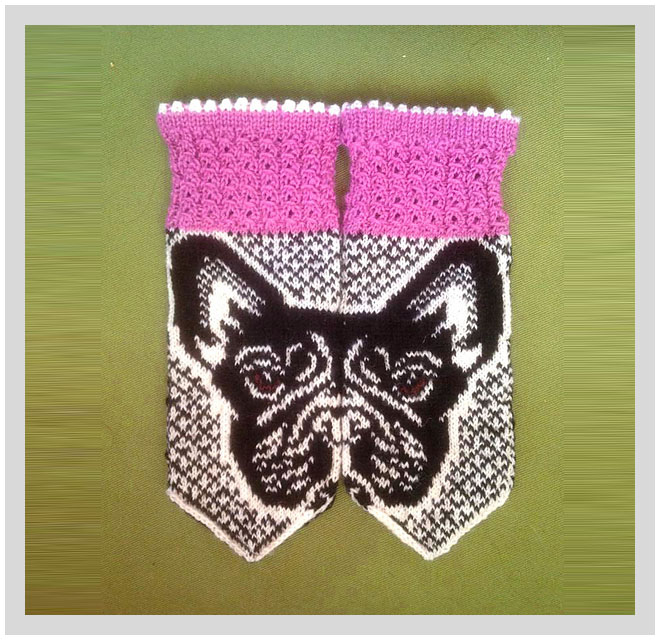 Knit A Pair Of These Fabulous French Bulldog Mittens!