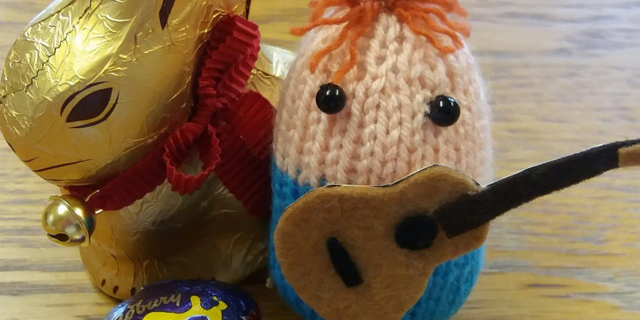 Knitted 'Egg' Sheeran Amigurumi Made By Kwerky Knits – So Kooky!
