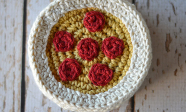 These Petite Pizza Coasters Are Crochet Perfection – Get The FREE Pattern!